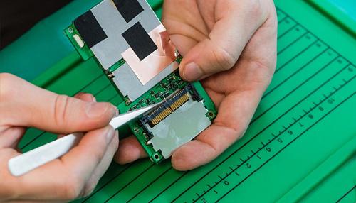 电子产品安装与调试封面