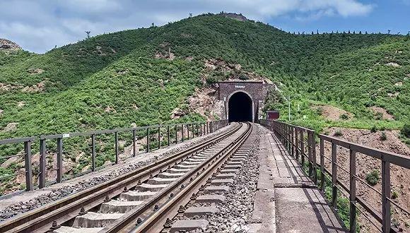 公路试验检测之最:中国最难修的10座隧道,看完第1座我就服了!