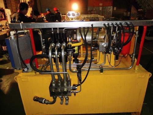液压系统的安装操作与使用注意事项以及常见故障种类排除方法